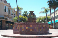 Fountain in Wrigley Plaza showing Catalina tiles