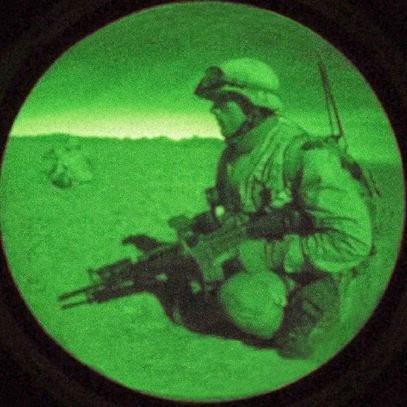 Resultado de imagen de Visores nocturnos para el ejercito