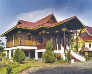 Download this Riau Dikenal Dengan Sebutan Rumah Melayu Selaso Jatuh Kembar picture
