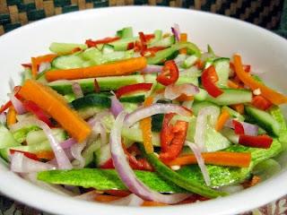 Manfaat Acar Mentimun, Bawang Putih & Merah, Wortel, Buah Zaitun