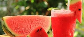 عصير طبيعي يحارب العطش ويساعد على خسارة الوزن