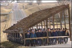 Lloyd s blog amish move barn by hand s in kalona iowa for Amish barn construction