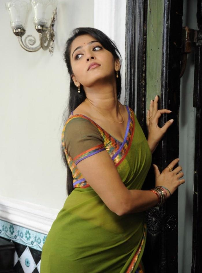 Anushka Shetty Images in Mirchi Movie. - Cinema Aajtak