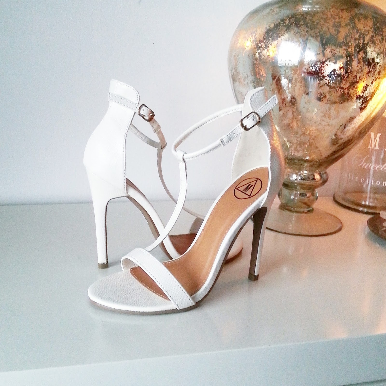 Missguided Jasmine T bar heeled sandal in white croc - glamorousgia gianni webster