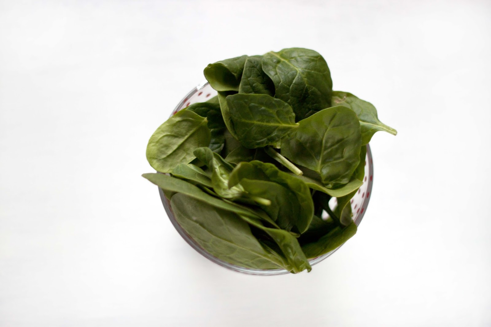 HEALTH BENEFITS OF: SPINACH
