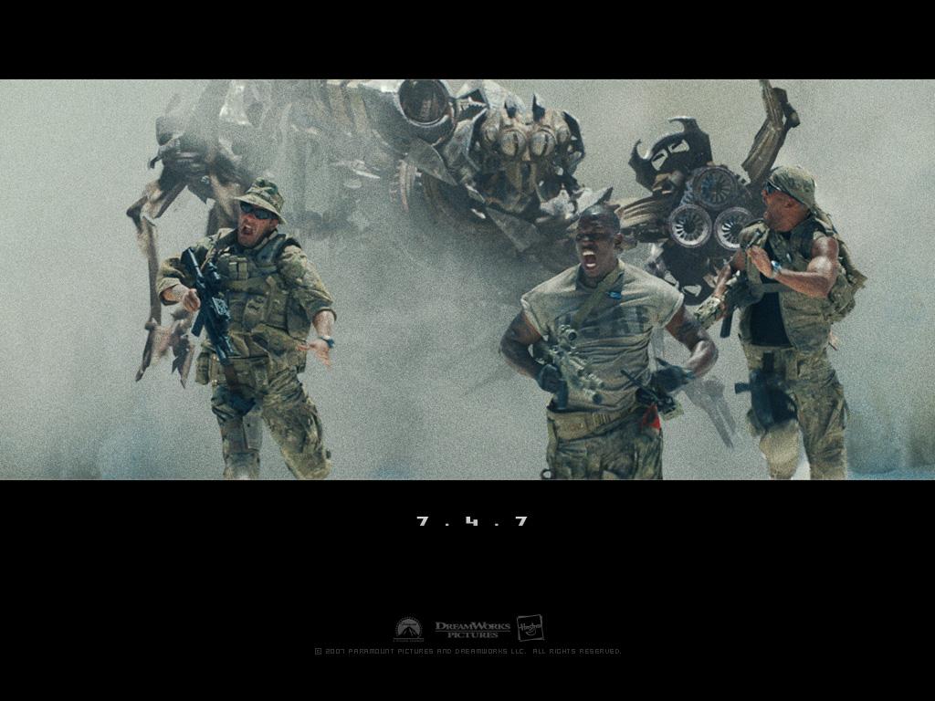 http://1.bp.blogspot.com/-n67jAm-2NvY/TrsHjs54UCI/AAAAAAAAAeM/IxpHJt0C-QA/s1600/Transformers_Wallpaper_8909.jpg