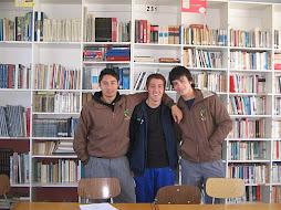 Alumnos de Cuarto Medio 2011, despidiéndose de su colegio.