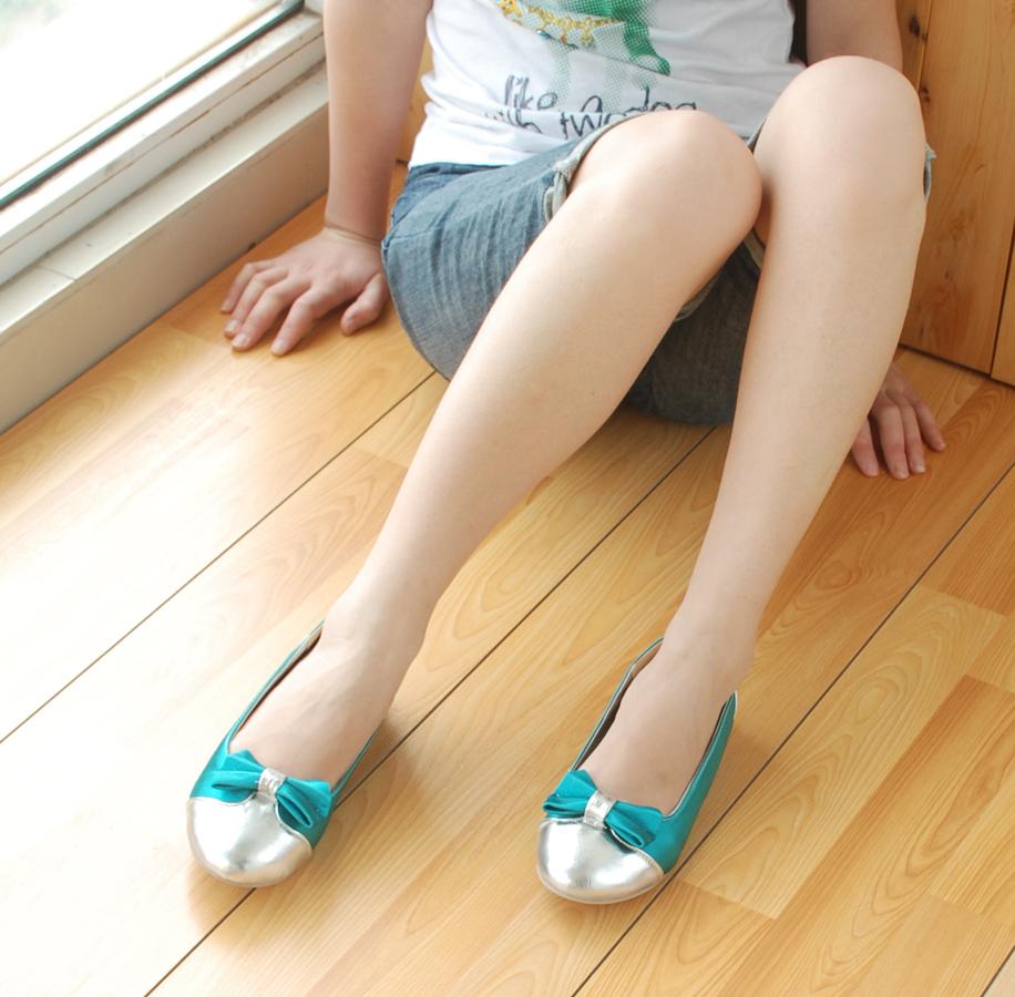 hot fashion top shoes: Flat Sandals