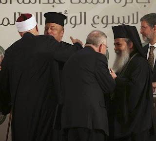 Para o islamismo, os gestos ecumênicos são sinal de fraqueza dos cristãos e convidam a atacar com maior furor
