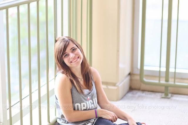 photo of a senior girl smiling