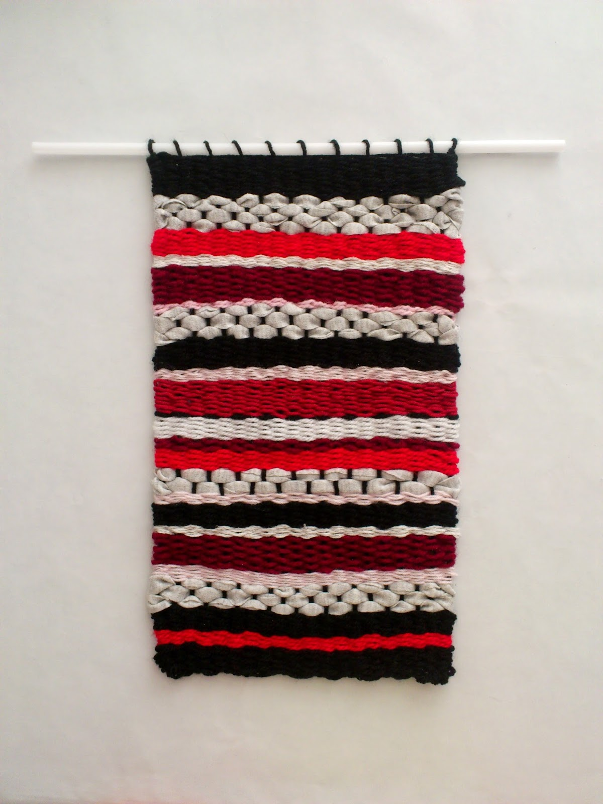 DIY Woven Yarn Wall Hanging