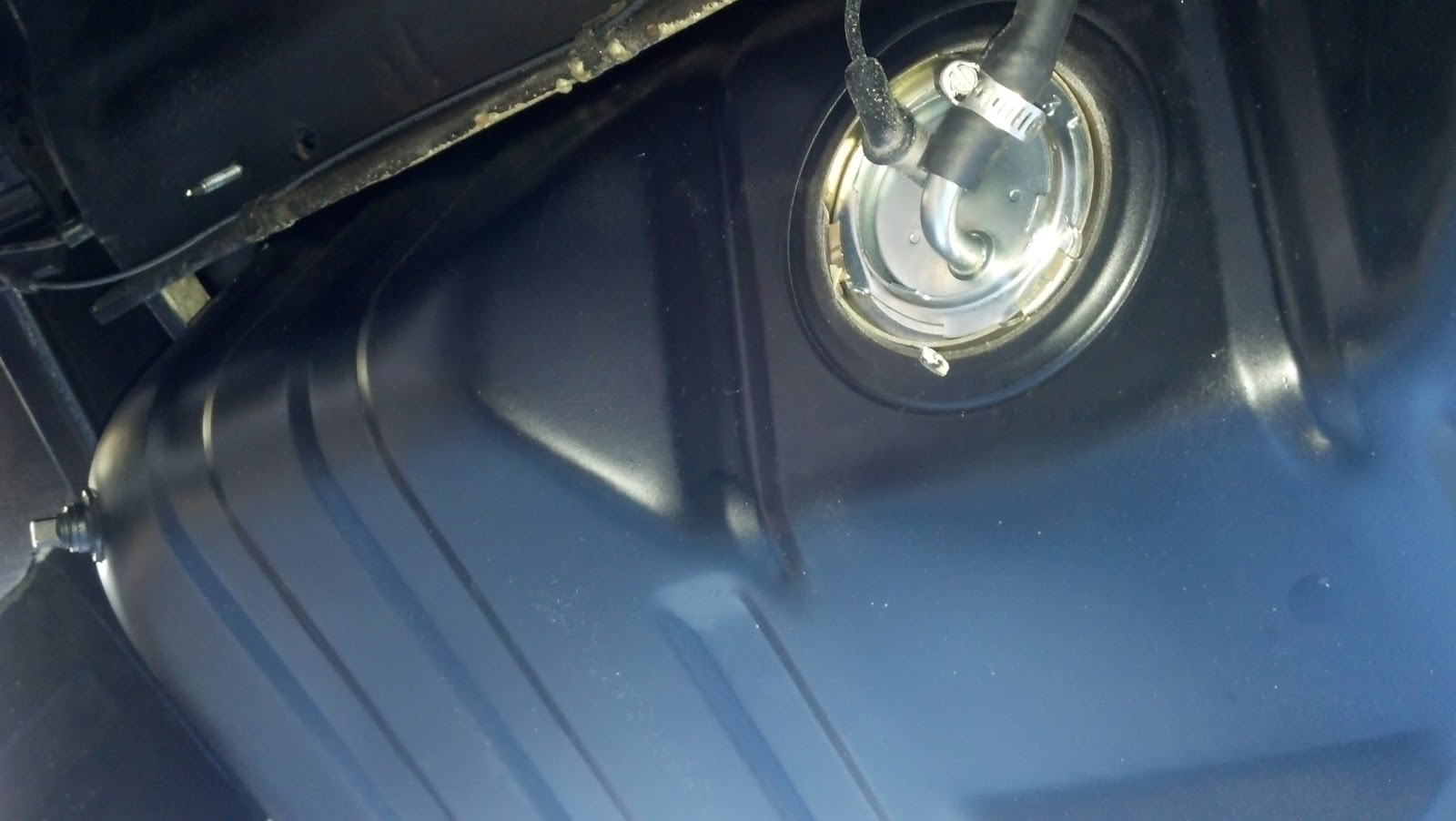 LeLu\'s 66 Mustang: Gauge Lights and Wiring