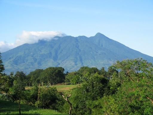 Misteri Gunung Salak, Keangkeran Yang Belum Terpecahkan