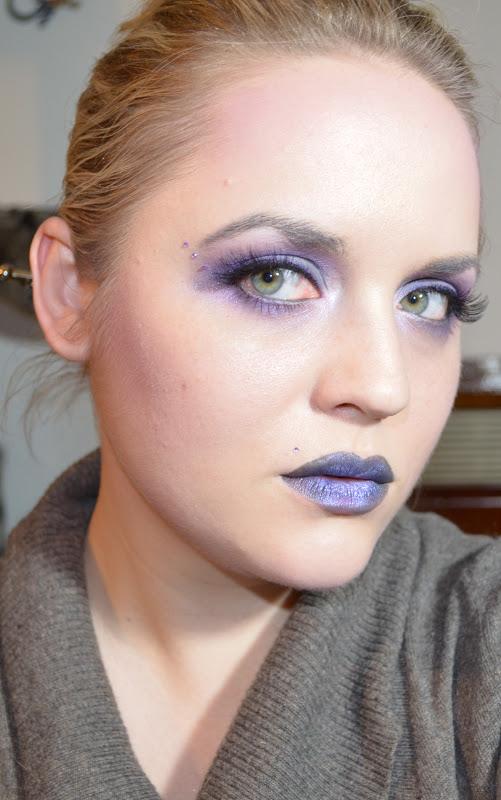daily make up schminkaktion sultry thursday grau violett. Black Bedroom Furniture Sets. Home Design Ideas