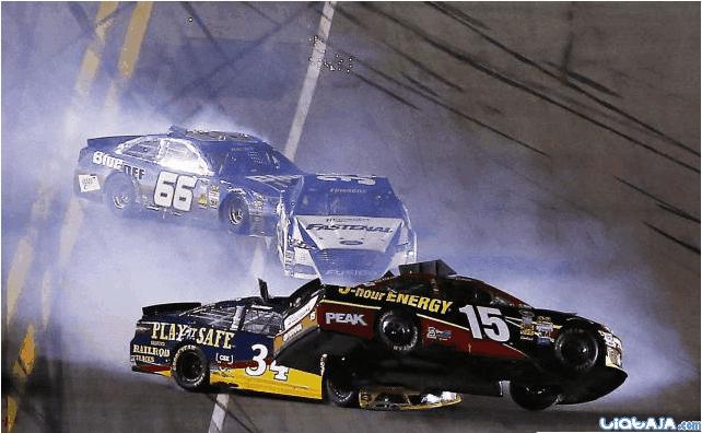 Kecelakaan dahsyat warnai balap NASCAR di Florida | liataja.com