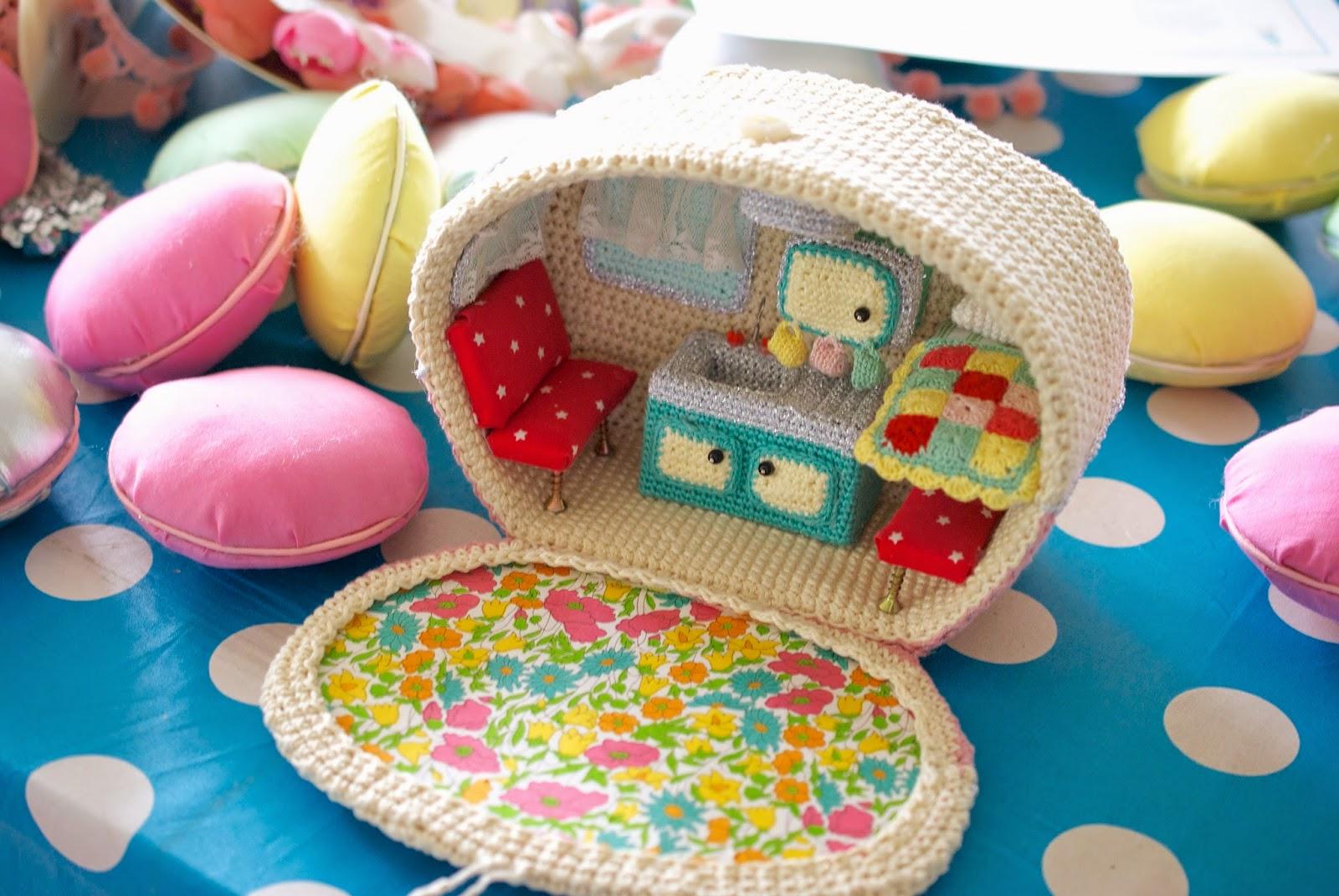 Hausverk Ufe ドールハウス キャラバン 海外編み物 かぎ針で編む可愛いハウス 小物 雑貨作品集 naver まとめ