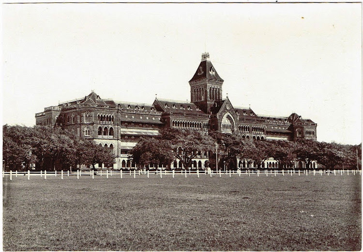 Government-Buildings-in-Bomaby-(Mumbai)-c1900
