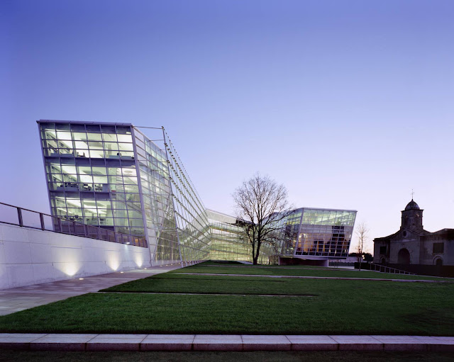 01-Áras-Chill-Dara-by-Heneghan-Peng-architects