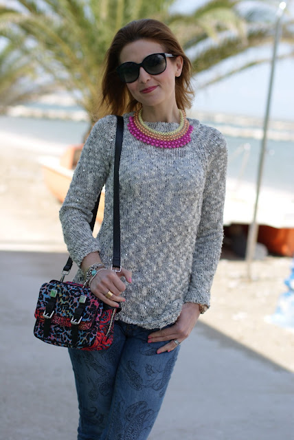 grey cotton sweater, 80s bag, Fashion and Cookies