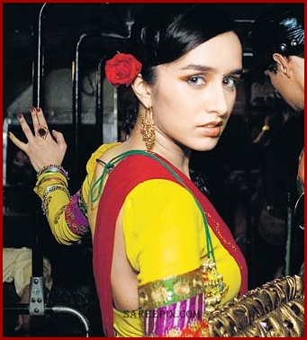 Shraddha kapoor side view in lehenga