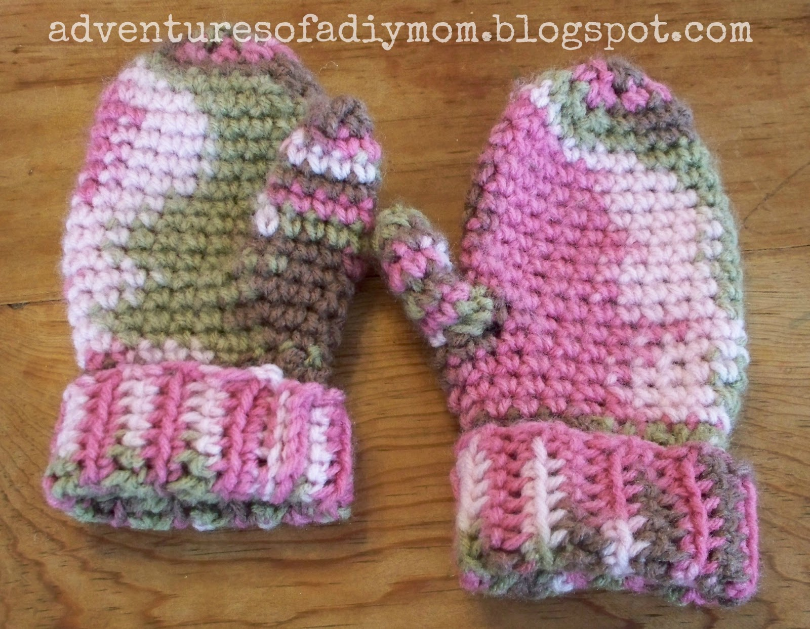 Crocheted Mittens - Adventures of a DIY Mom
