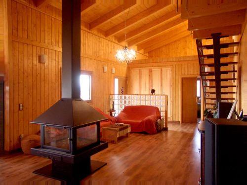 Casas de madera prefabricadas con ahorro energ tico dhampire - Fotos de casas de madera por dentro ...