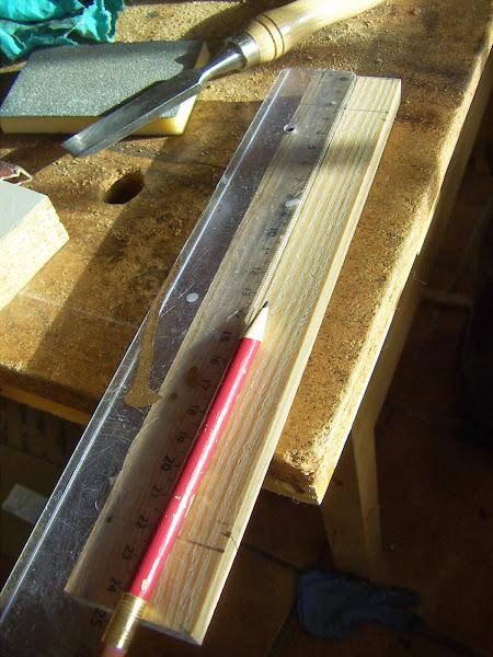 Soporte de madera para gubias y otras herramientas hacer - Gubias para madera ...