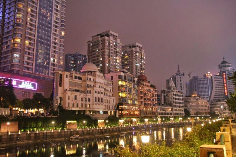 Promenade im Zentrum von Guiyang