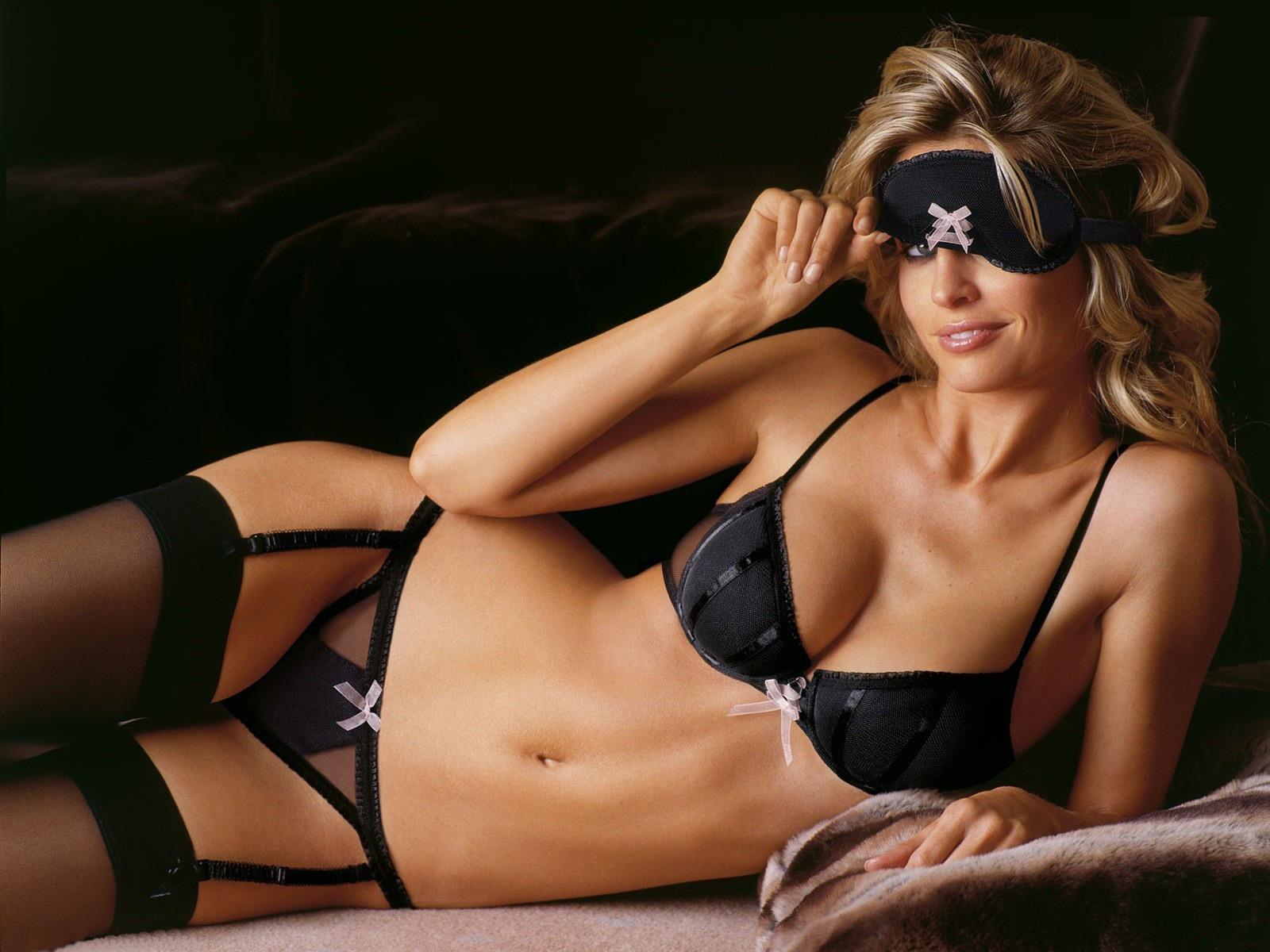 http://1.bp.blogspot.com/-n8oE1YJUesM/T22Fbem1UnI/AAAAAAAAFIw/APHJ8ZizhUI/s1600/thumb-BulkJar.comBulkJar.com+best-top-girls-hot-babes-wallpaper-sexy-babes-wallpapers-hd-13+BulkJar.comBulkJar.com.jpg
