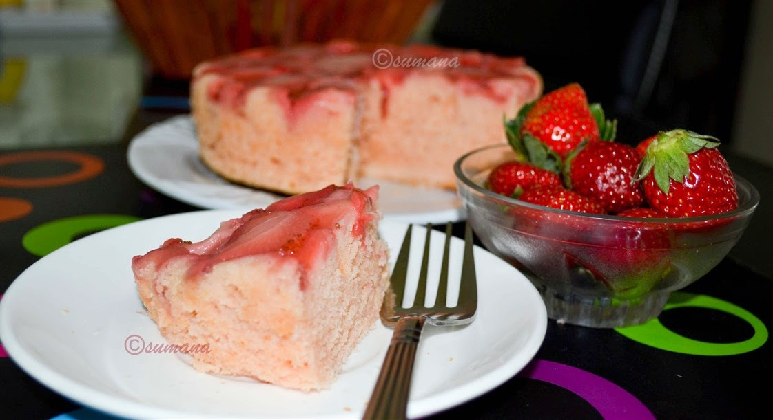 Strawberry flavoured Upside Down Cake with strawberry