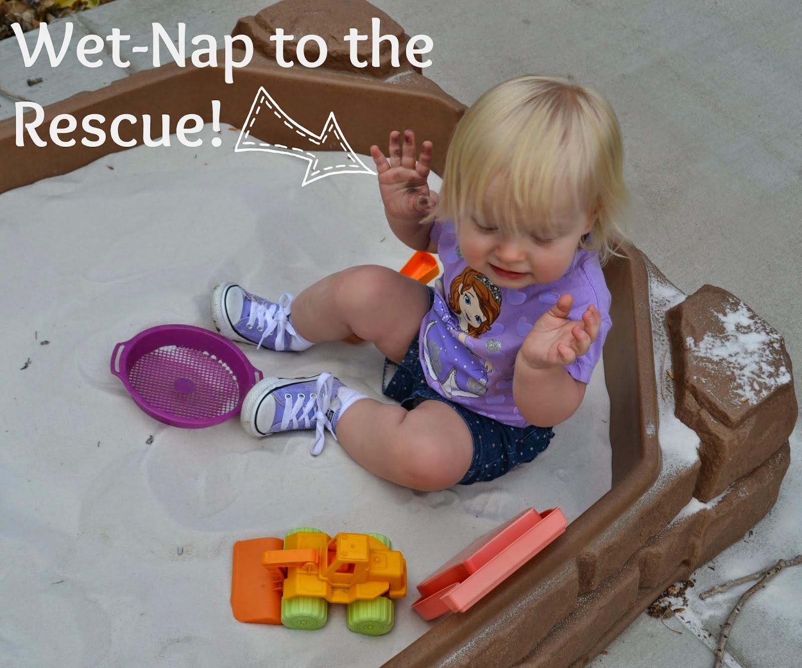 Backyard Picnic Activities with Wet-Nap  #ShowUsYourMess #PMedia #ad.  Wet-Nap Antibacterial Hand Wipes.