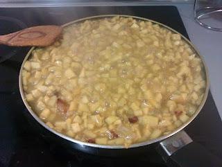 Manzana y Cebolla | Albóndigas con salsa de manzana y curry