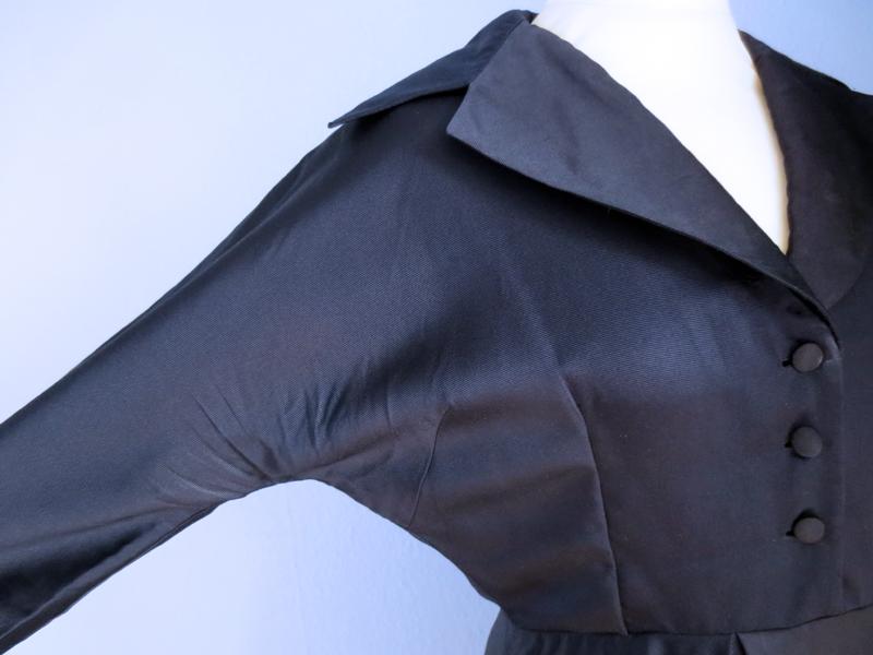 Vintageklänning sidenrips kimonoärmar