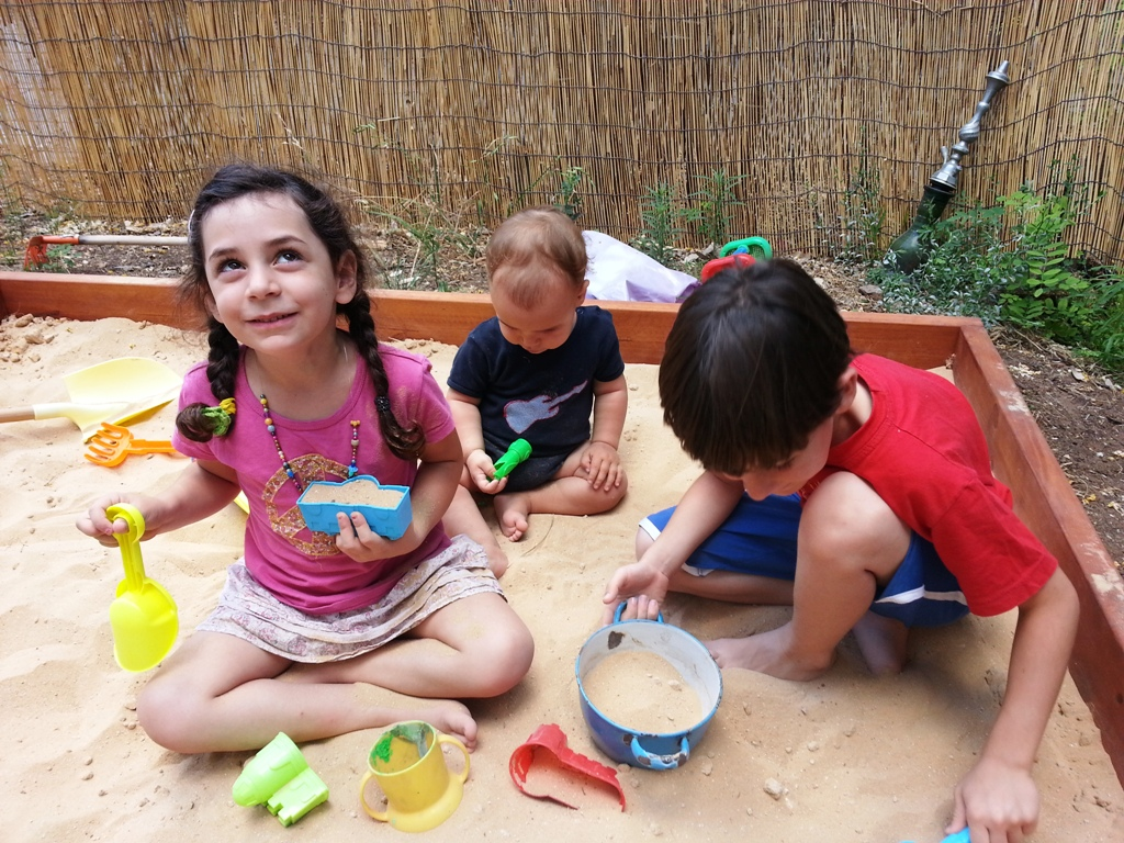 Kids Sandbox @ The Crafeteria