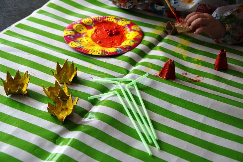 diy egg carton daffodils