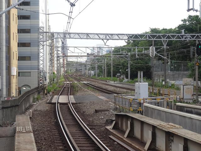 線路,渋谷駅〈著作権フリー無料画像〉Free Stock Photos