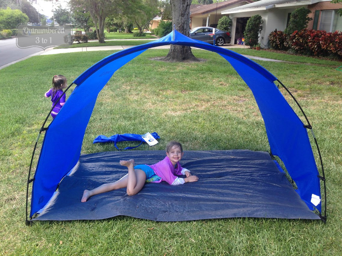 It is summer and that basically means that it could not be any hotter outside. Trips to the beach or to my daughteru0027s soccer games are downright HOT. & Breeze XL by Sport-Brella Keeps Your Family in The Shade ...