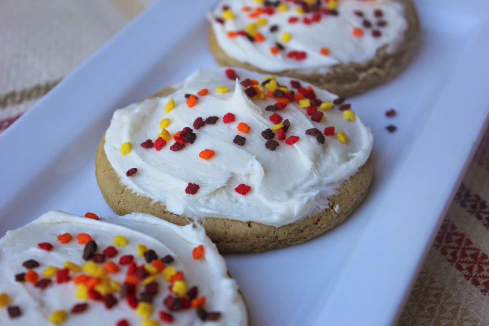 Recipe:  Dessert, Recipe:  Cookie, holiday cookie, Holiday Favorites, Fall Favorites, Gingerbread Sugar Cookies with Cream Cheese Frosting, Brown Sugar Sugar Cookies, Deals to Meals