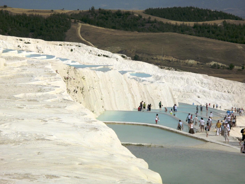 Pamukkale hot springs, Turkey by Zubi Travel
