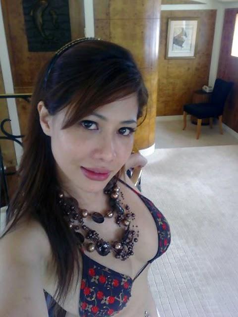 Tante Girang Yang Montok Seksi