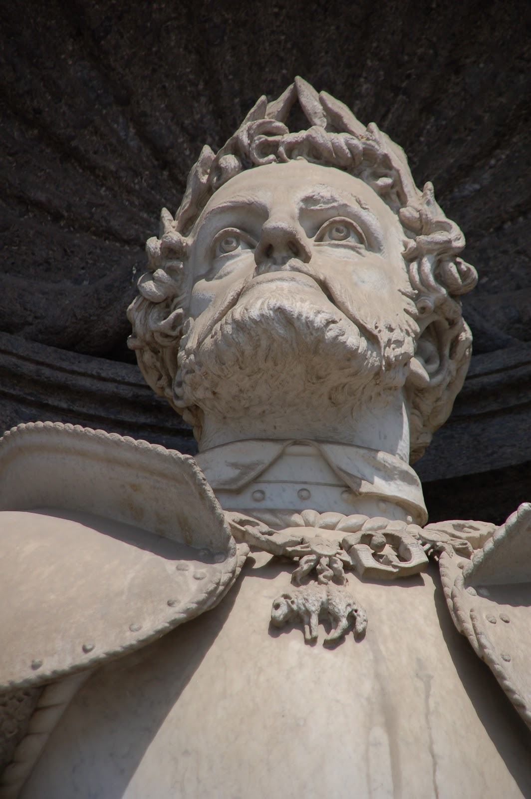 Vincenzo Gemito Carlo V d Asburgo Palazzo Reale Napoli