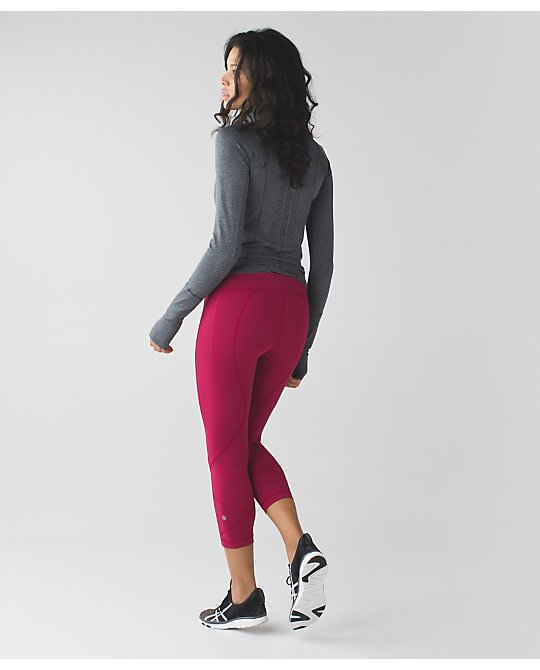 lululemon berry-rumble pace-crop