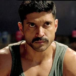 Farhan Akhtar Digs Deep As 'Wazir' Enters Final Week Of Shoot