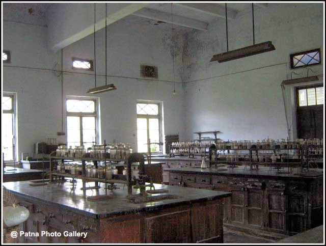 Patna Science College Chemistry Lab