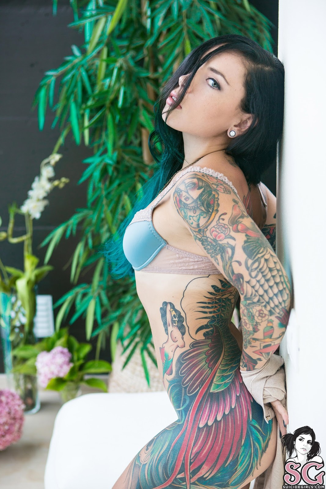 Agree, Eden suicide nude pictures