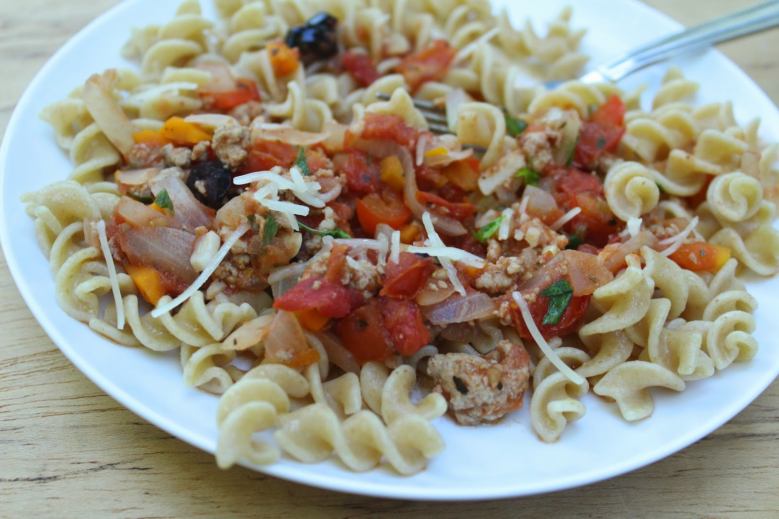 pasta with farm fresh tomatoes and ground turkey. Cooking Chat recipe