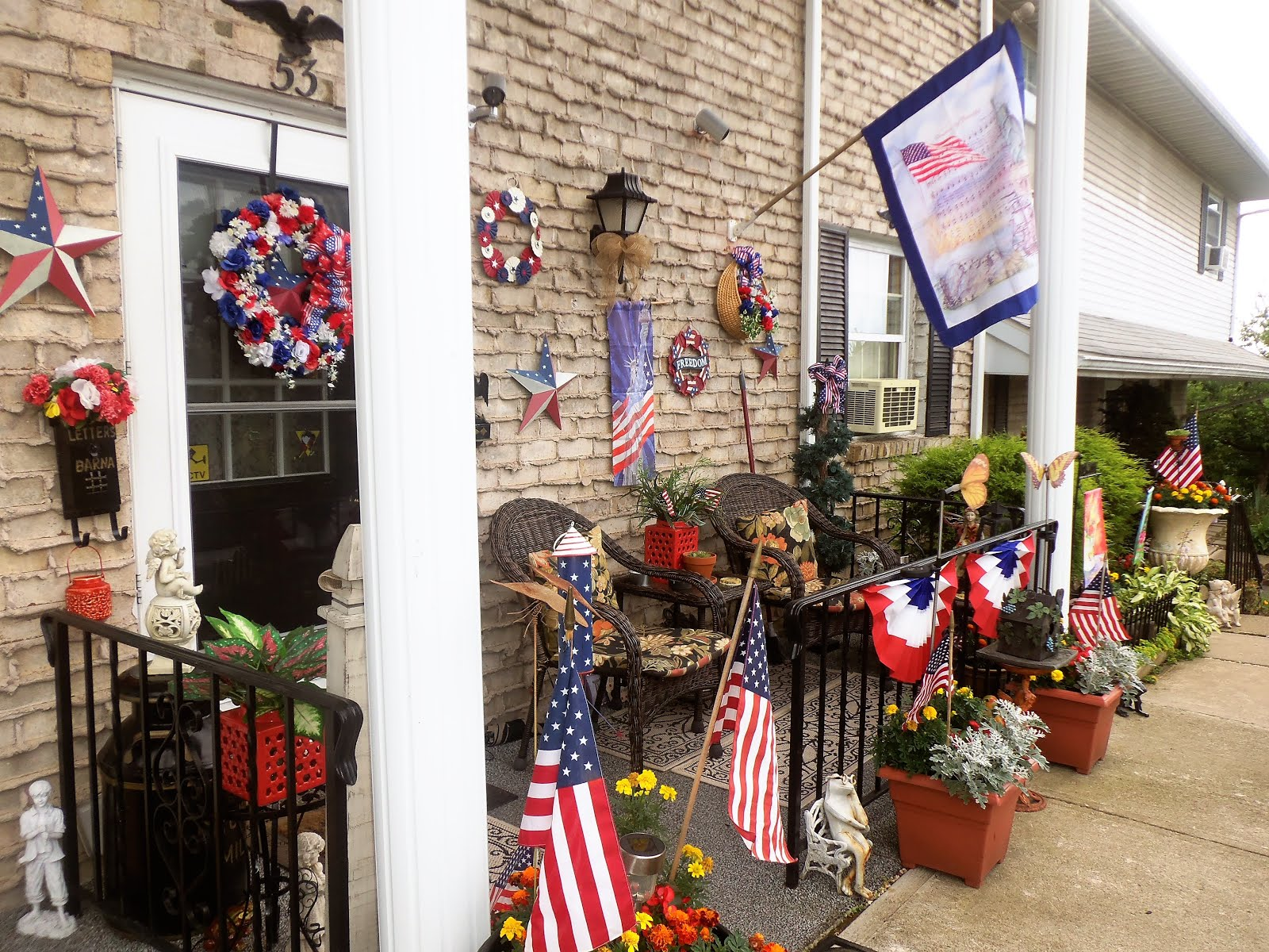 Patriotic Front Porch, 2017