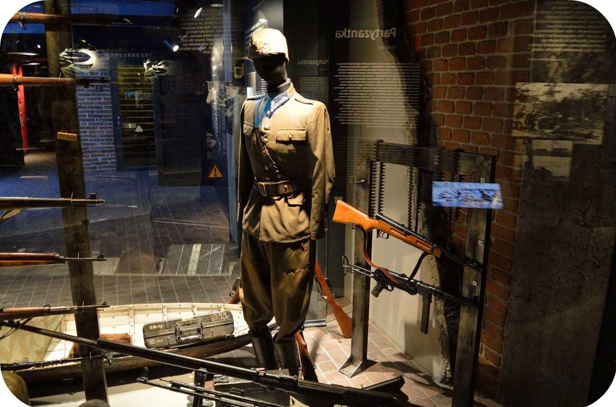 Kraków, Marzec, Wypad, Weekend, Co warto zwiedzić, muzeum armii krajowej, muzeum ak, kraków, zmęczona, atrakcje, czarny lincoln, czarnylincoln, zwiedzanie, chora,