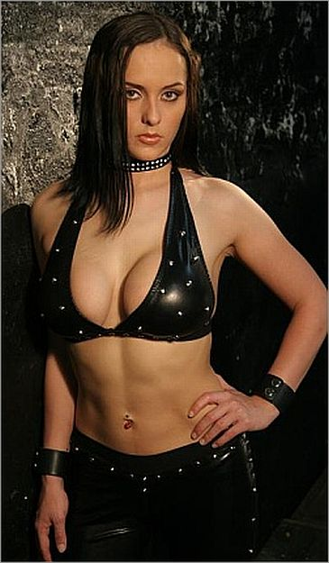 annie social-women pro wrestling pictures-women wrestling
