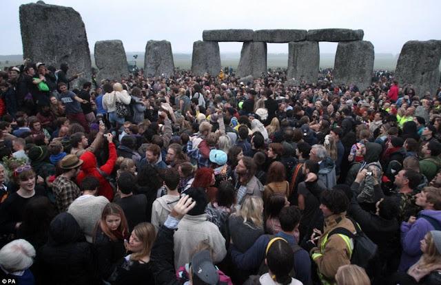 Summer Solstice Stonehenge 2013